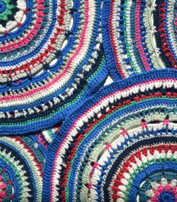 Mandala placemat free crochet pattern