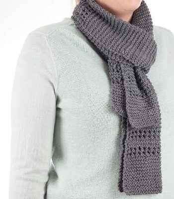 Aircon scarf : an easy knitted scarf free pattern