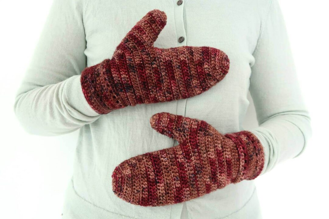 Fireside Mittens Easy Crochet Pattern FREE