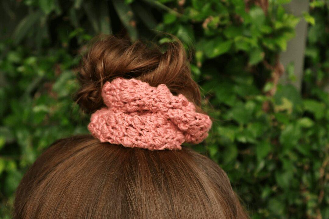 Summer Berries Scrunchies crochet pattern FREE