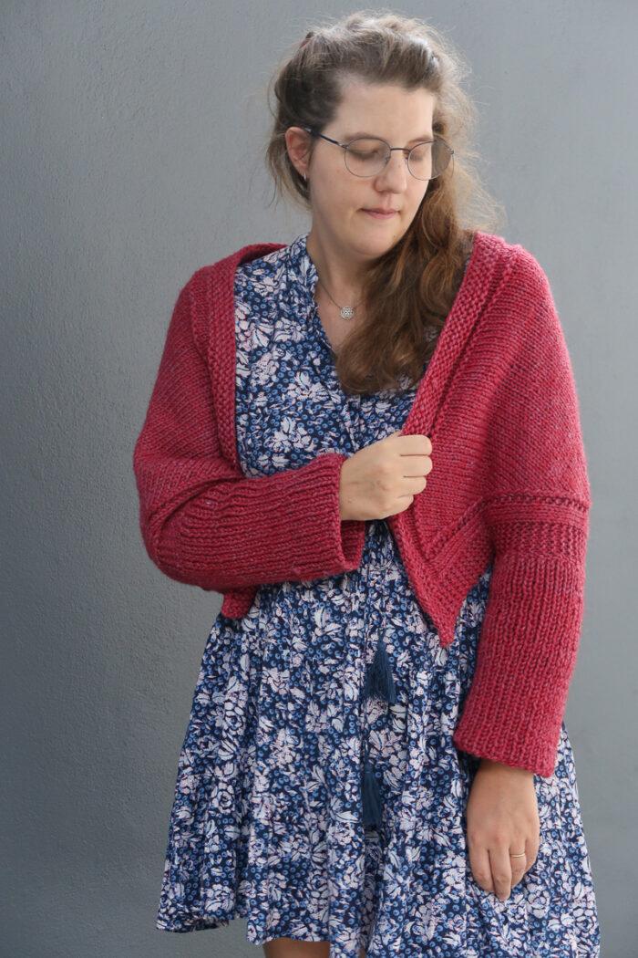 swallow shrug free knitting pattern
