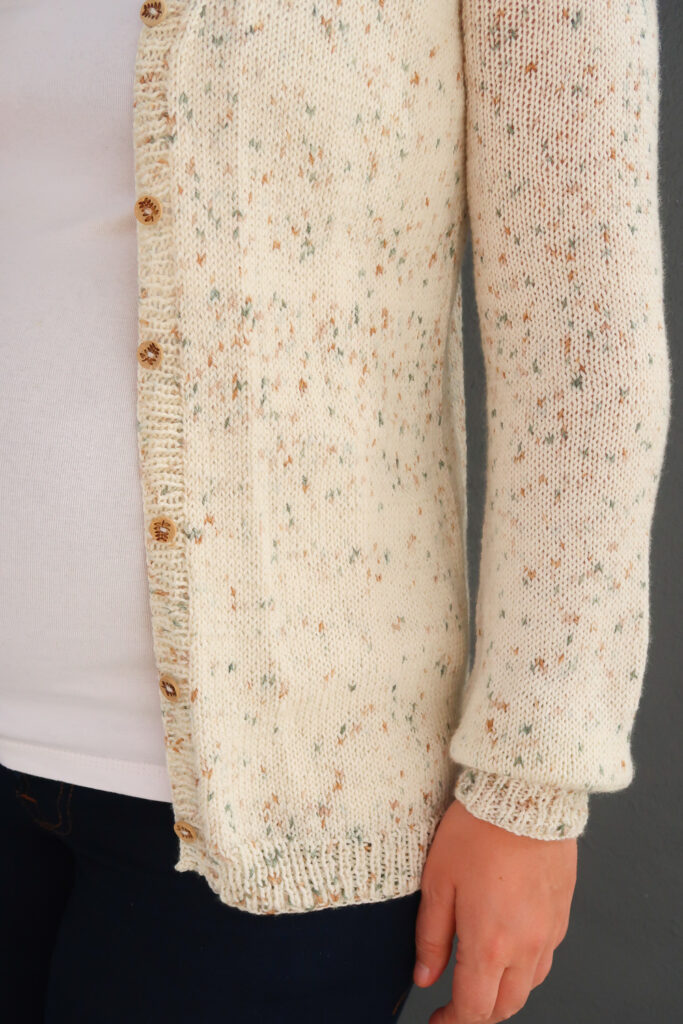 Cute wooden buttons for this simple knit cardigan pattern