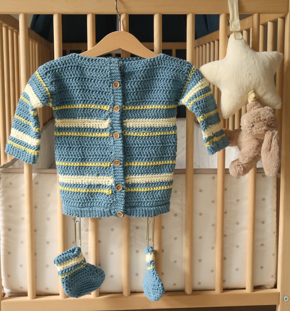 Boutchou baby sweater pattern