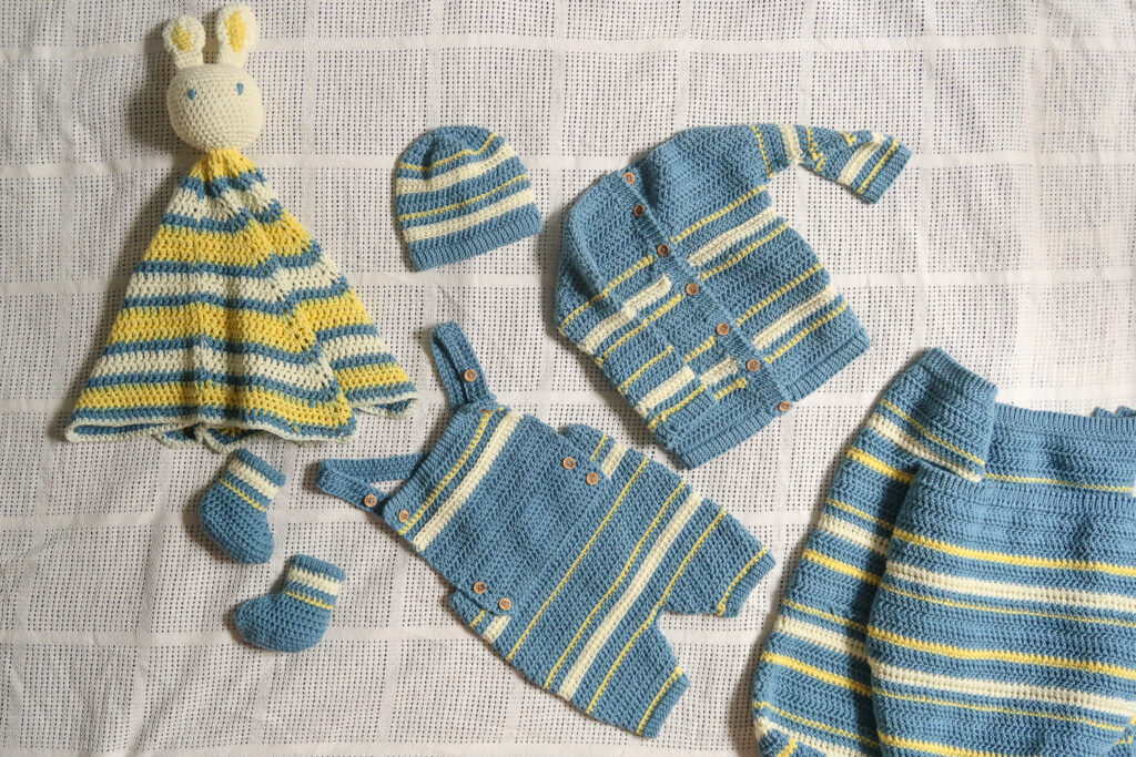 Newborn crochet outfit pattern set