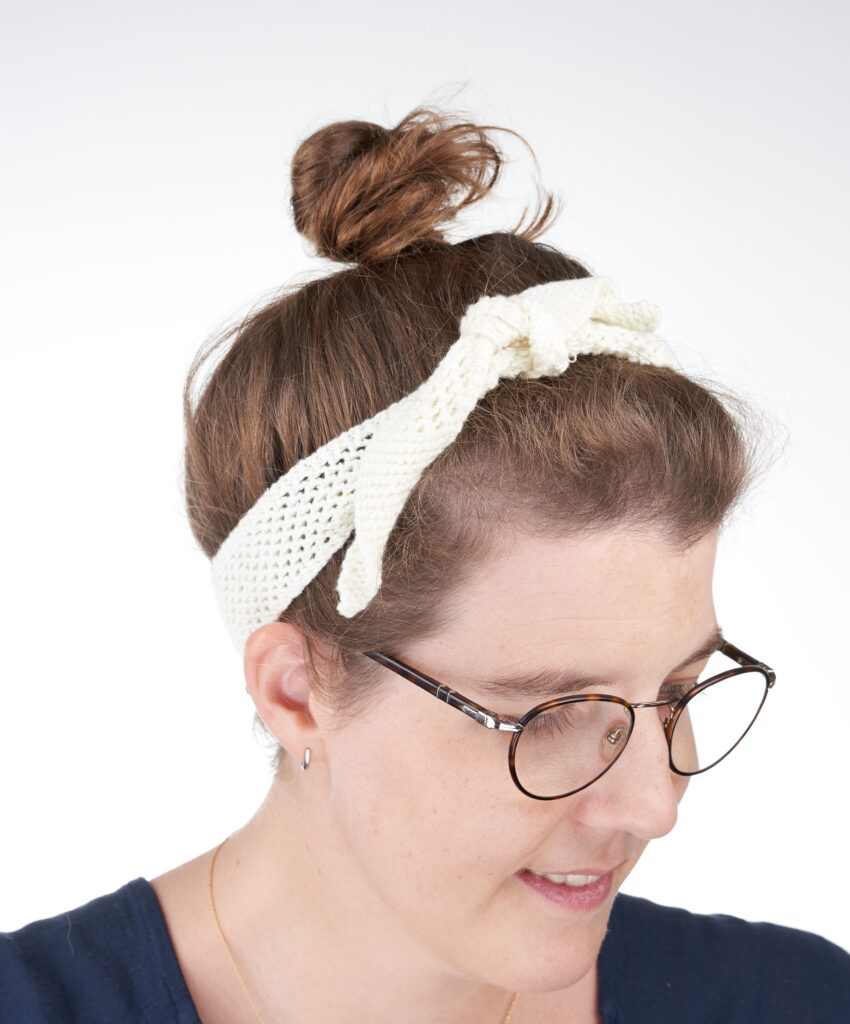 Simple Lacy Knit Stitch Pattern used for a headband