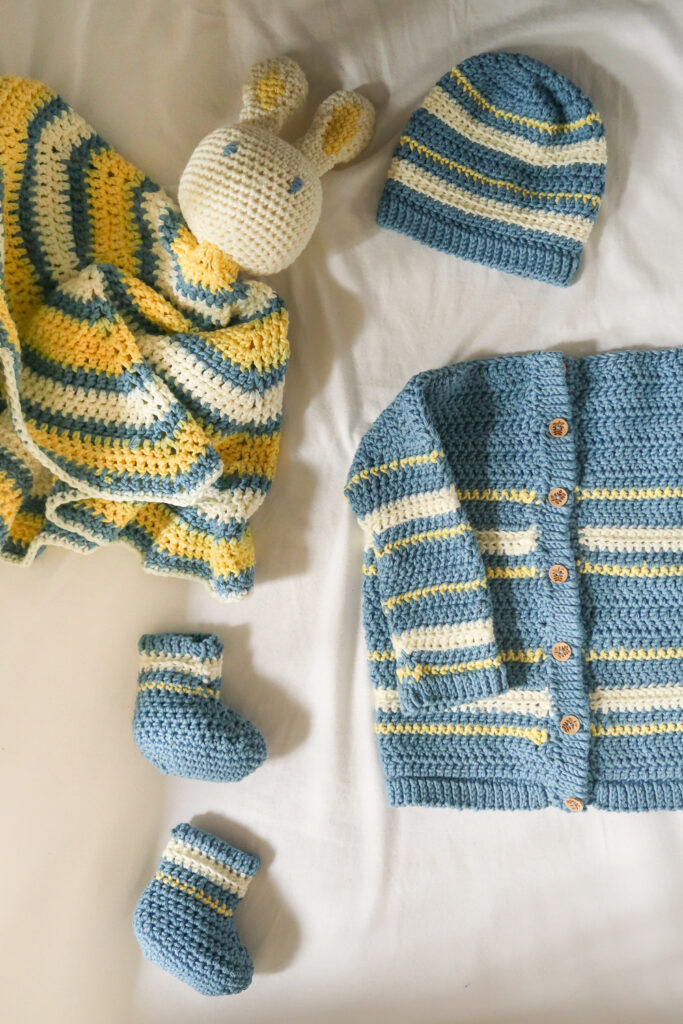 Boutchou baby crochet booties and set