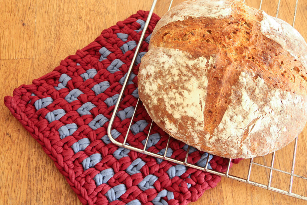 Linen potholder crochet pattern