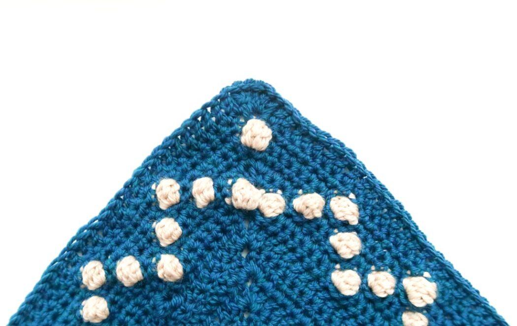 fairy lights triangle shawl crochet pattern step 4
