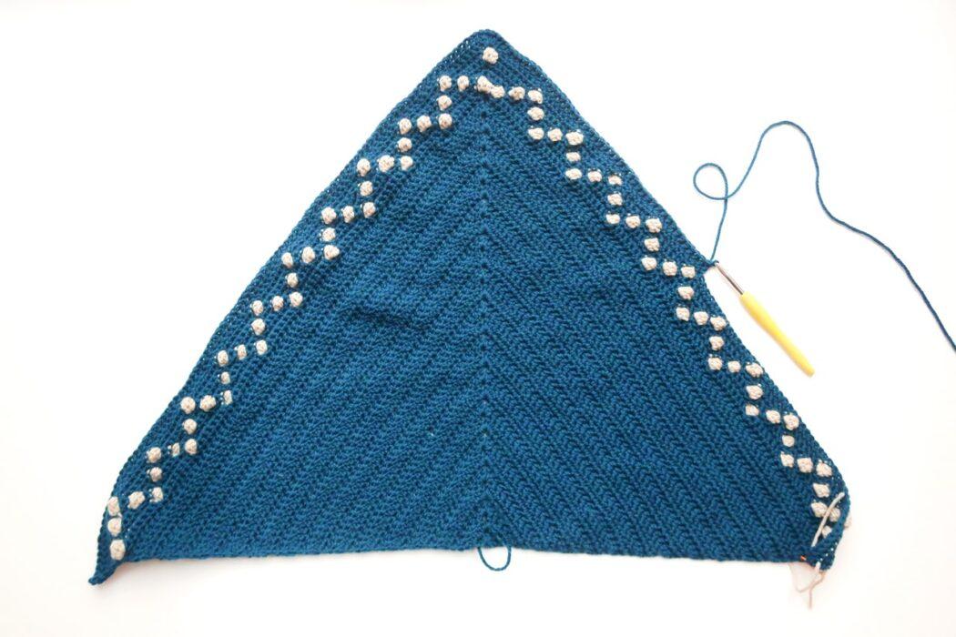 fairy lights triangle shawl crochet pattern step 5