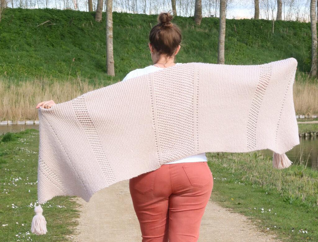 Easy shawl knitting pattern FREE
